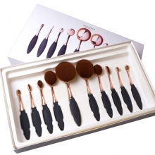 Pensule Make Up Set 9 Tip Perie Maner Metalic