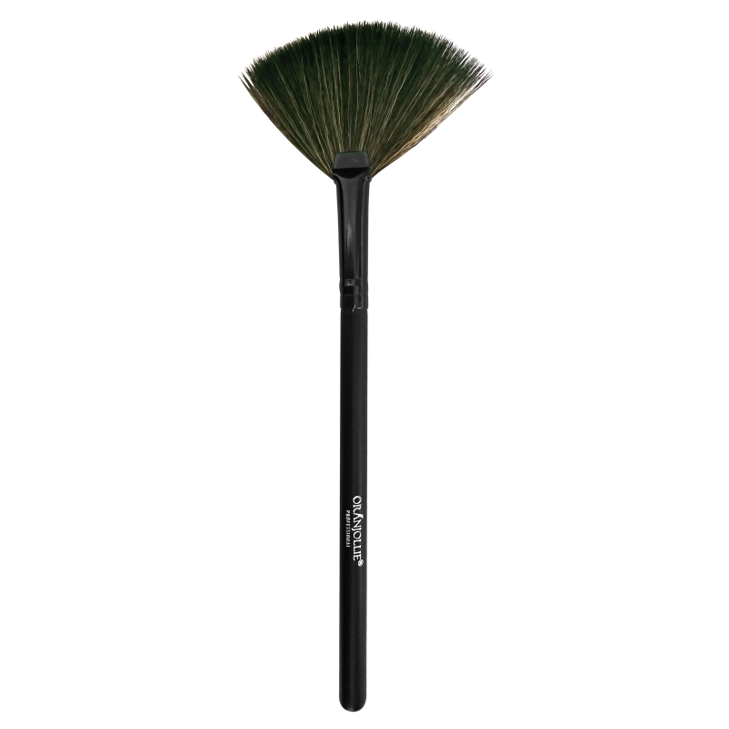 Pensula make-up Oranjollie 010