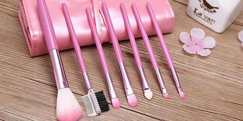 Set pensule machiaj care nu trebuie sa-ti lipseasca din trusa de cosmetice